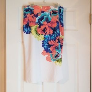 Spring pencil shirt